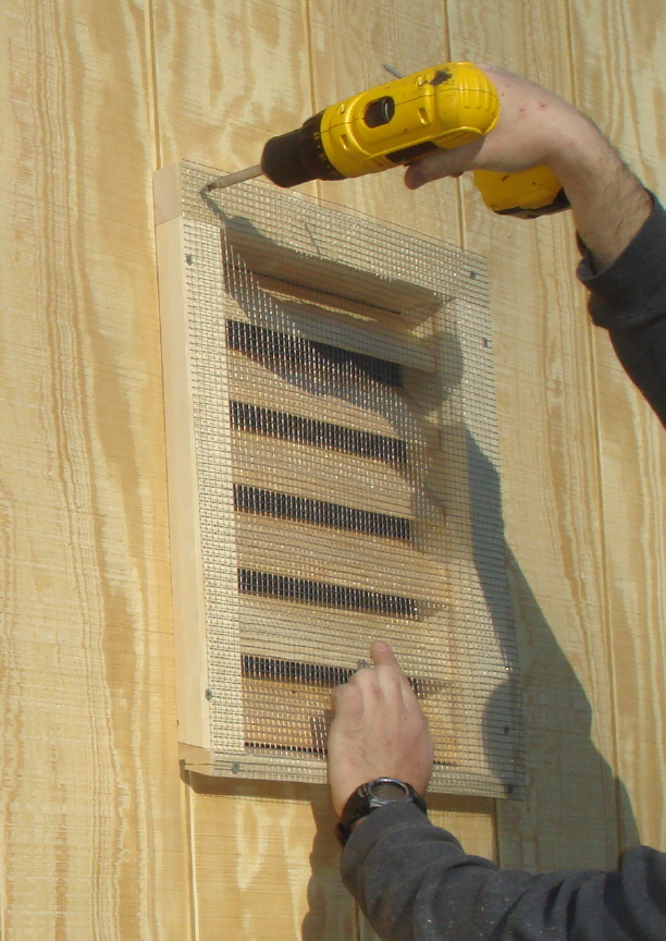 Do It Yourself Home Design: Free Suburban Bat House Plans